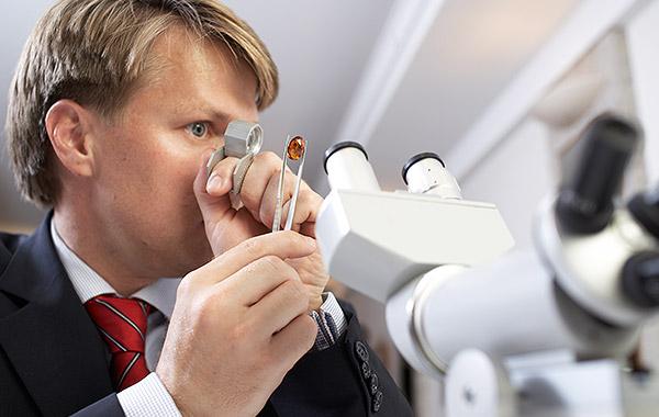 Schmuckservice – Gemmologie-Labor