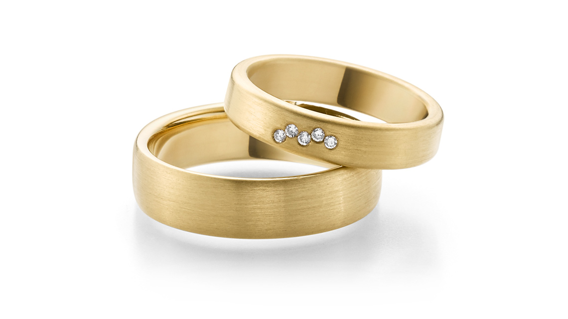 Atelier Stoess Trauringe Gelbgold