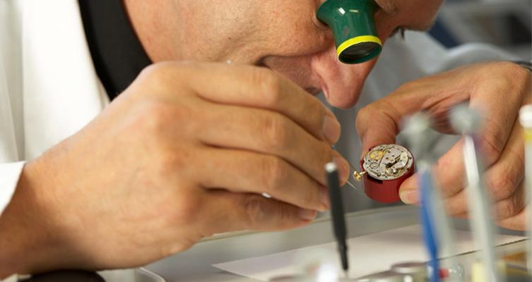 Uhren - Fälschungen erkennen lassen von Juwelier Stoess