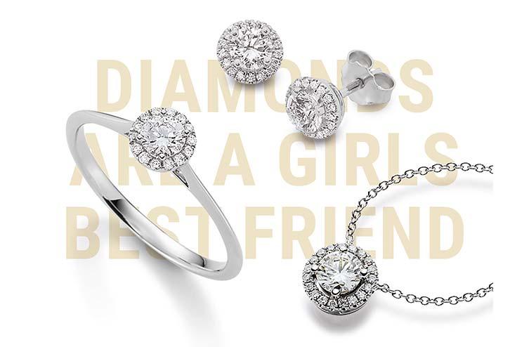 Ein limitiertes Set aus Ohrschmuck, Anhänger und Ring mit feinen weißen Diamanten und 18-karätigem Weißgold
